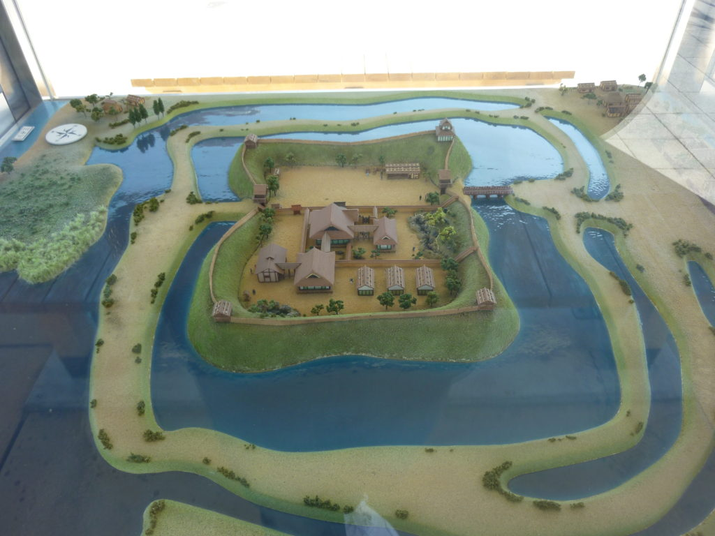 勝幡城の推定復元模型