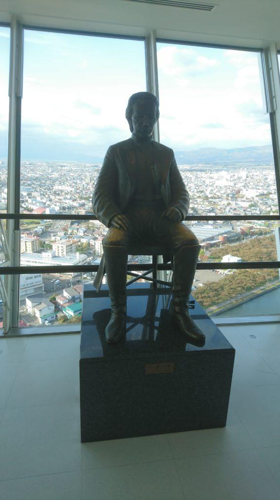 五稜郭タワーにある土方歳三像