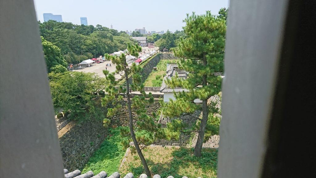 名古屋城ー東南隅やぐらから見た本丸大手門