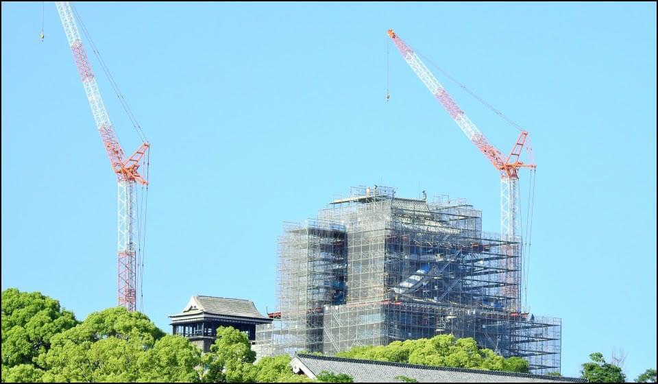 再開に向けて工事中の熊本城