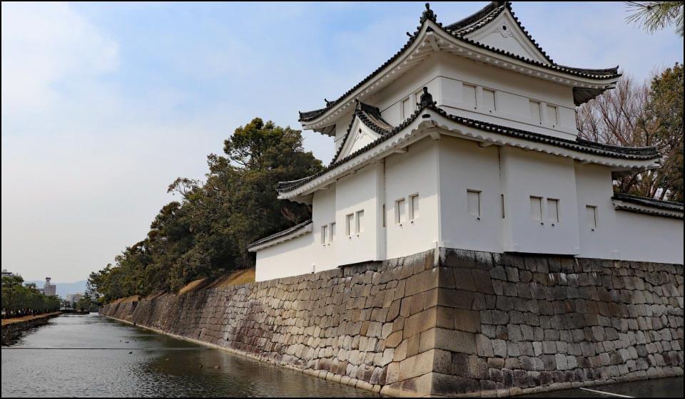 重要文化財の二条城・東南隅櫓