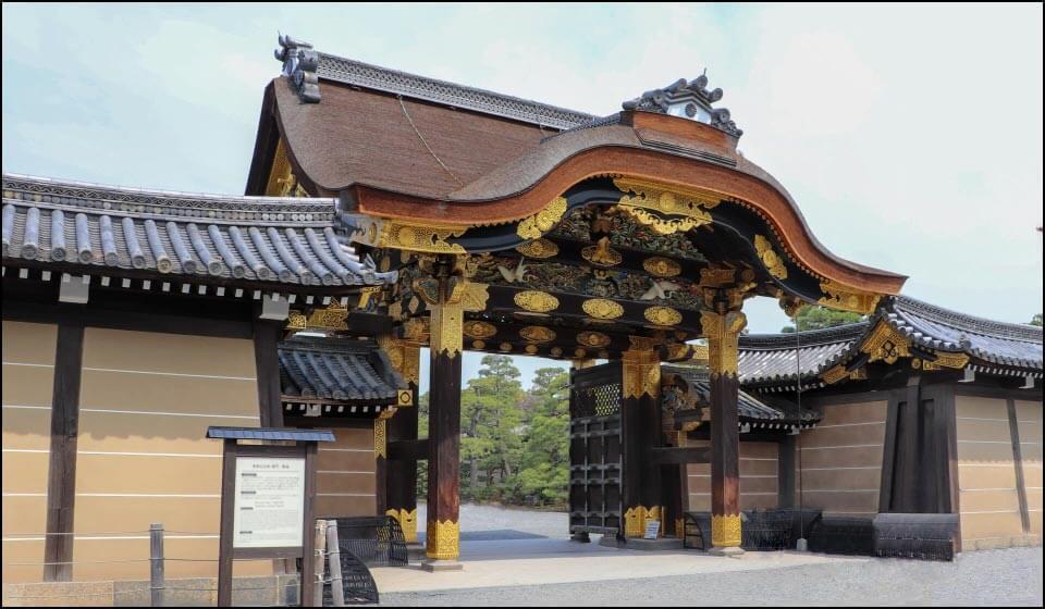 二条城の唐門