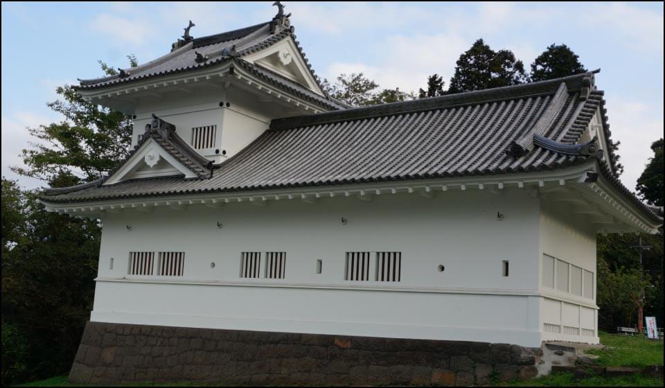 再建された仙台城の脇櫓