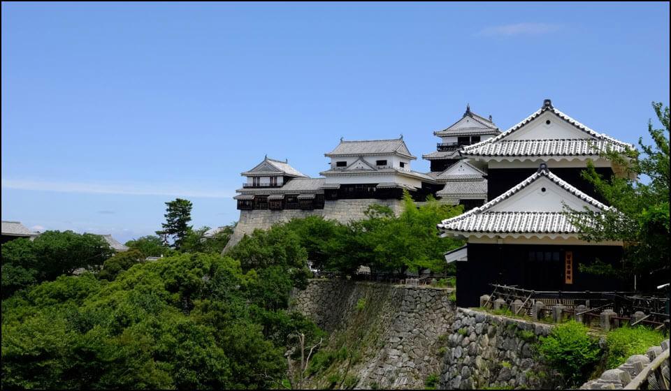 伊予松山城本丸の建物