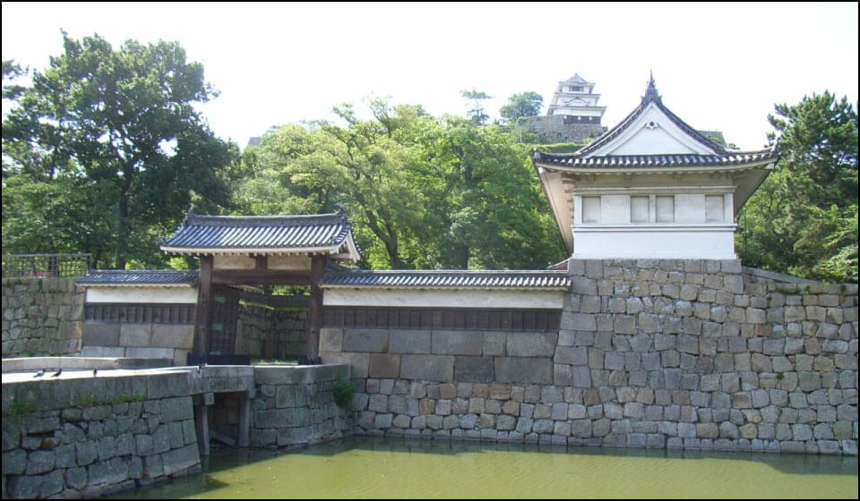 丸亀城の大手門