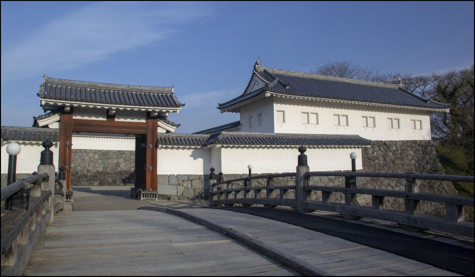 山形城の二の丸東大手門