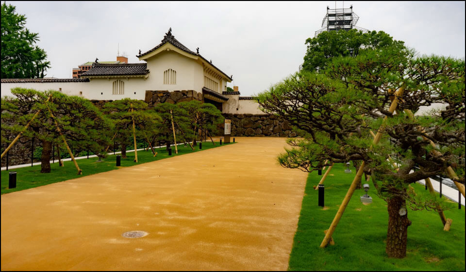 府内城大手門と土橋
