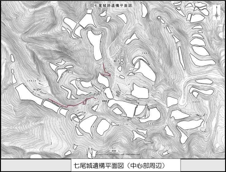七尾城の曲輪「史跡七尾城址|七尾市」